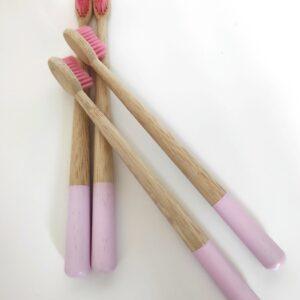 bambusz fogkefe szett rózsaszín 4 db