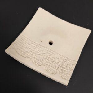 kézműves kerámia szappantartó
